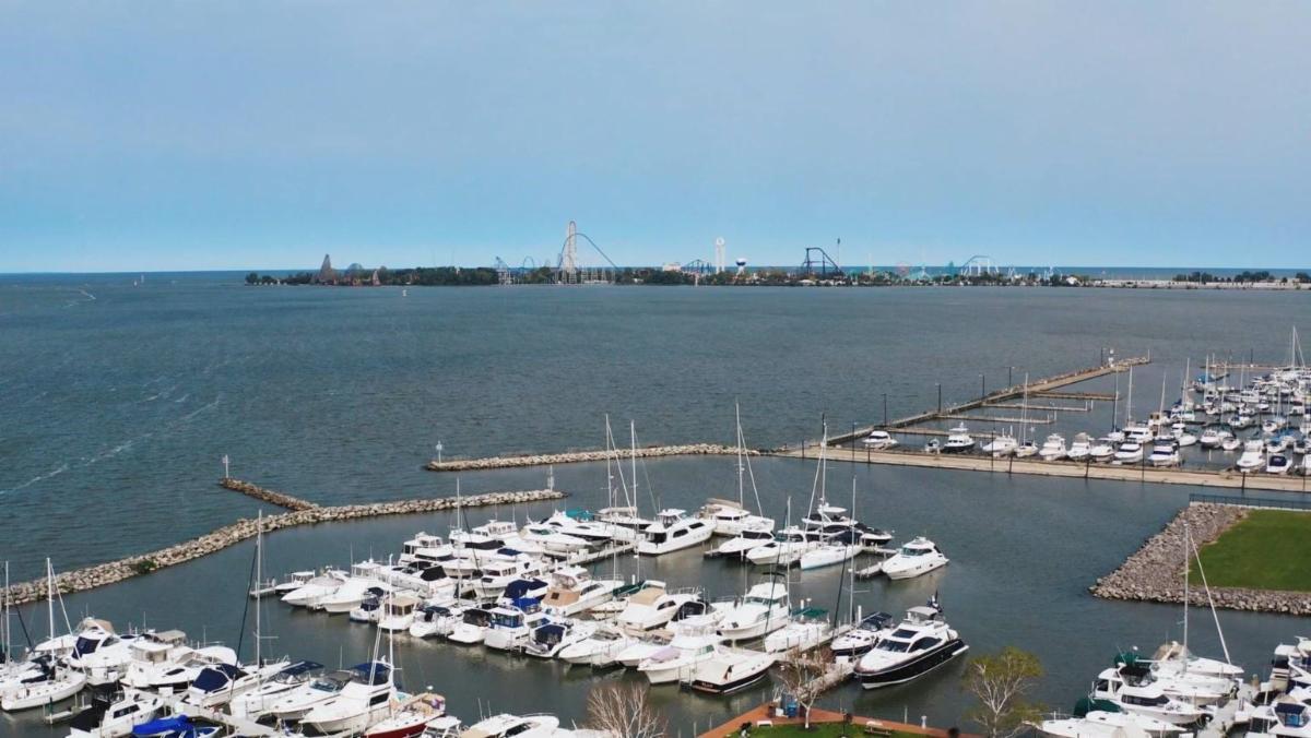 Downtown marinas.jpg